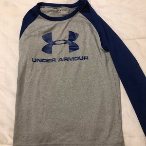 Boys size small Under Armour Lot